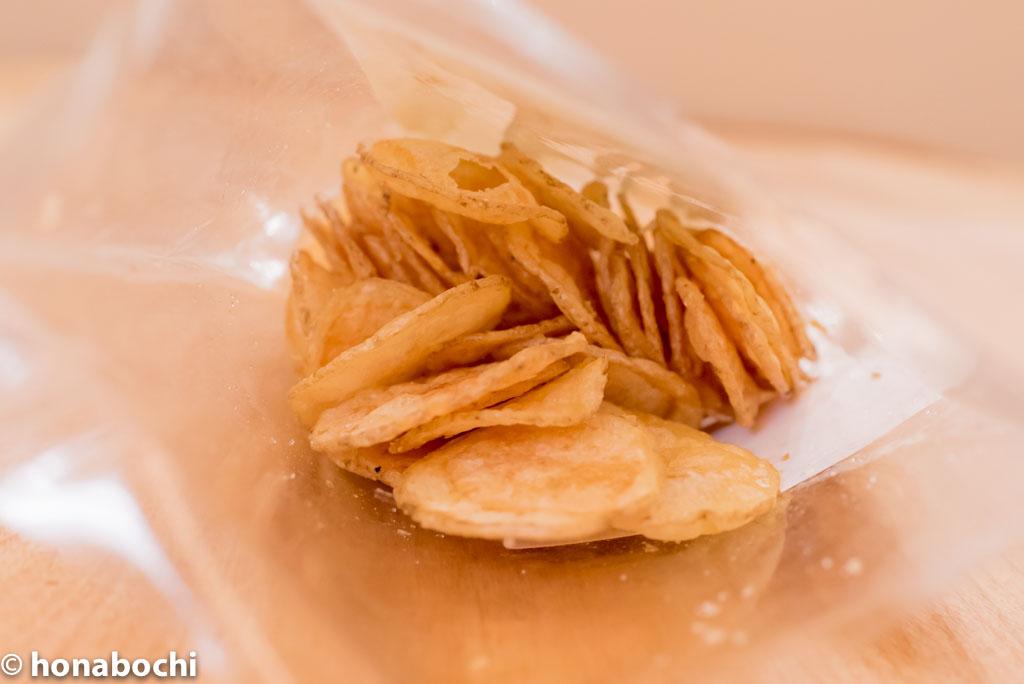 手作りで塩加減が絶妙!無添加、皮付きの『ヨコノ食品地釜手造りじゃがチップス』
